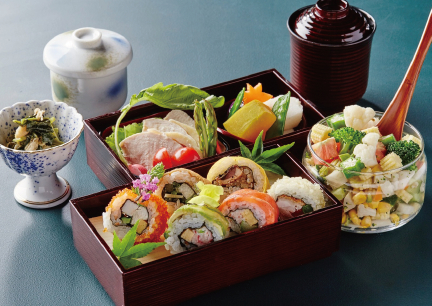 SYARI THE TOKYO SUSHIBAR 《レディースロール寿司御膳》